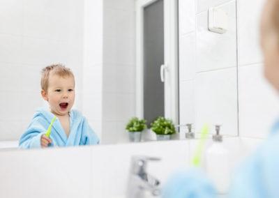 Prima vizită la dentist: la 1 anișor
